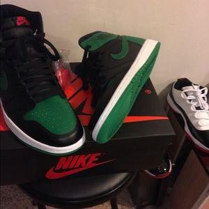 Air Jordan OG Retro 1s